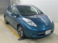 Электромобиль хэтчбек Nissan Leaf AZE0