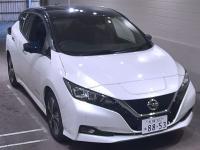 Электромобиль 2 поколение хэтчбек Nissan