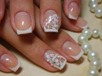 Обучение по курсу «Дизайн ногтей: акрило