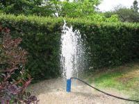 Чистка скважин на воду спец техникой.